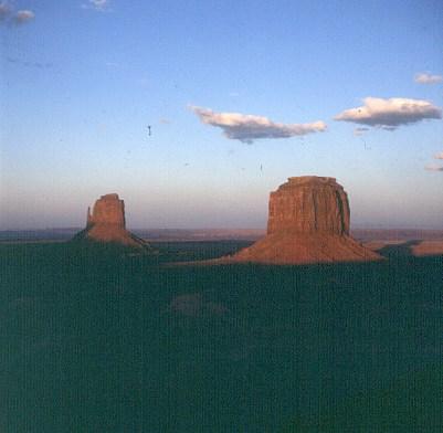 monument-valley-nach sonnenuntergang