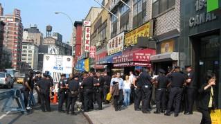 new-york-Polizeipräsens in Chinatown 2003