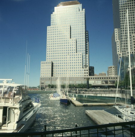 new-york-Northcove Harbor noch mit Bootsstegen 1983