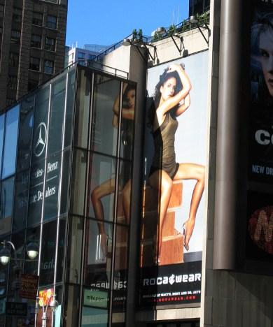 new-york-Times Square - Grenzen des Erlaubten 2003