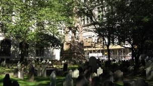 new-york-Trinityfriedhof in Downtown 2003