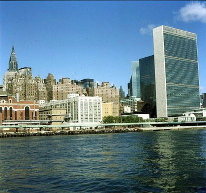 new-york-uno-eastriverseite 1988