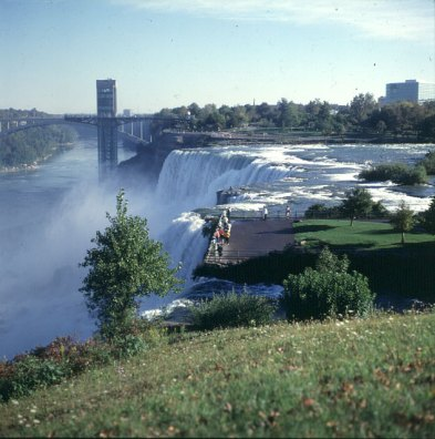 niagara-falls-usa-falls mit Besucherplattform