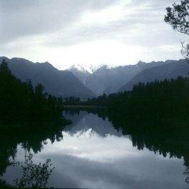 neuseeland-queenstown-regenberge 2001