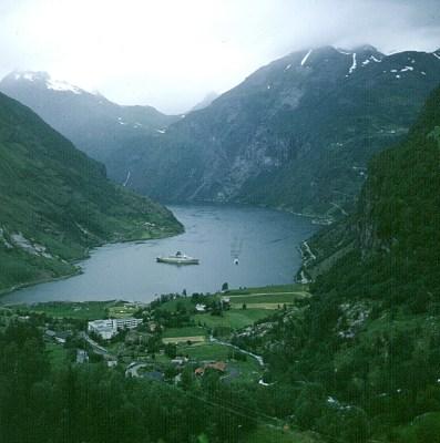 sued-norwegen-geirangerfjord