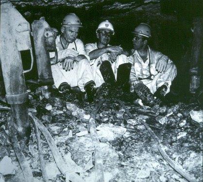 suedafrika-in 3700m Teufe 1980