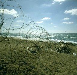 Haifa-Stacheldraht-Strand