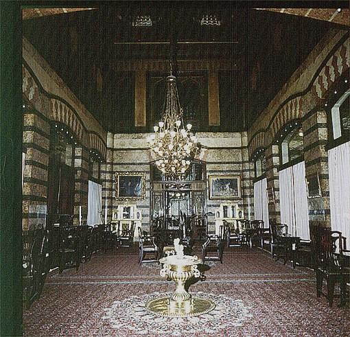 istanbul-pera-palasessaal