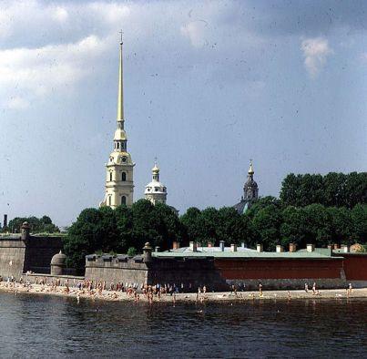 Leningrad-Peter-Paul-festung mit Strand