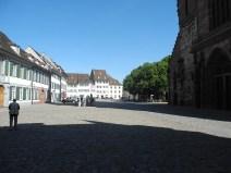 rhein-basel-domvorplatz