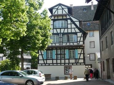 rhein-strassburg-alt-giebel