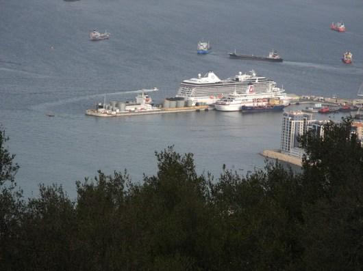 Traumschiff tanger-gibraltar-Kai 2012