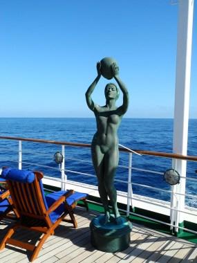 Traumschiff Jugendstil an Deck