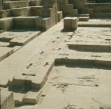 Edfu-Erdbebenankerlöcher