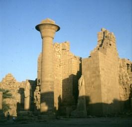 Karnak-Taharkasäule