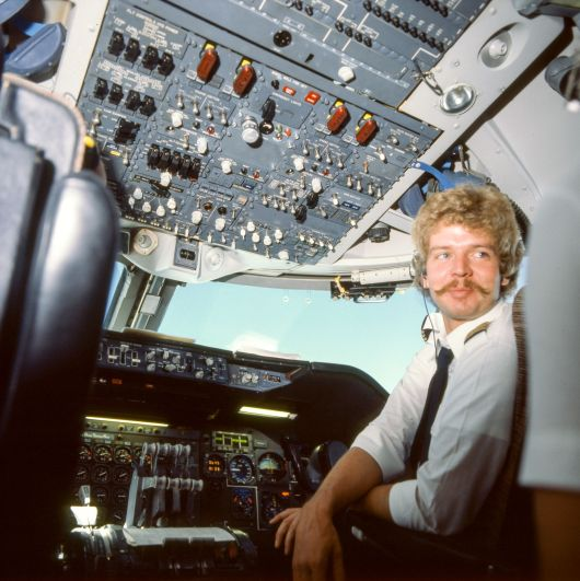 Jumbo Boing 747 Cockpit Copilot 1980