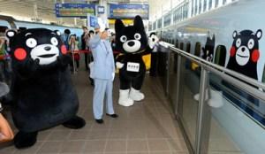 くまモン 九州新幹線