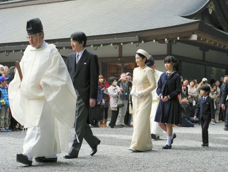 秋篠宮ご一家 伊勢神宮参拝