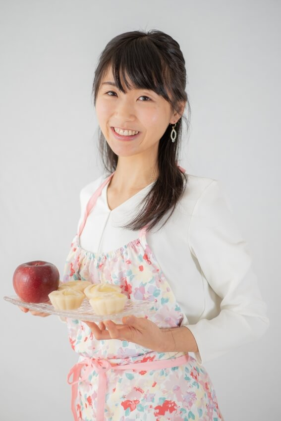 中村りえ|フリーランス管理栄養士|米粉|料理研究家|りんご蒸しパン