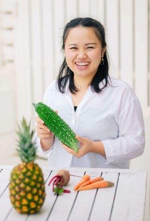 伊良皆真美|管理栄養士|沖縄|プロフィール縦
