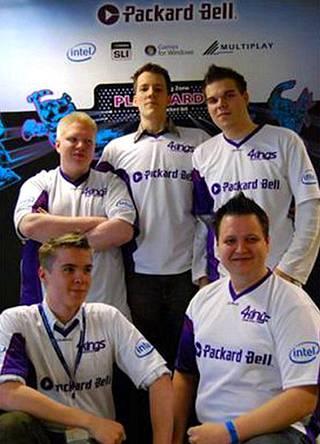"""Juha Tolonen with the 4kings team in 2008. Juha """"aNGeldusT"""" Kurppa, Samuel """"God"""" Räsänen, Joona """"natu"""" Leppänen, Juha """"odiouz"""" Westerlund and Aki """"kankeli"""" Salminen also played in the team."""