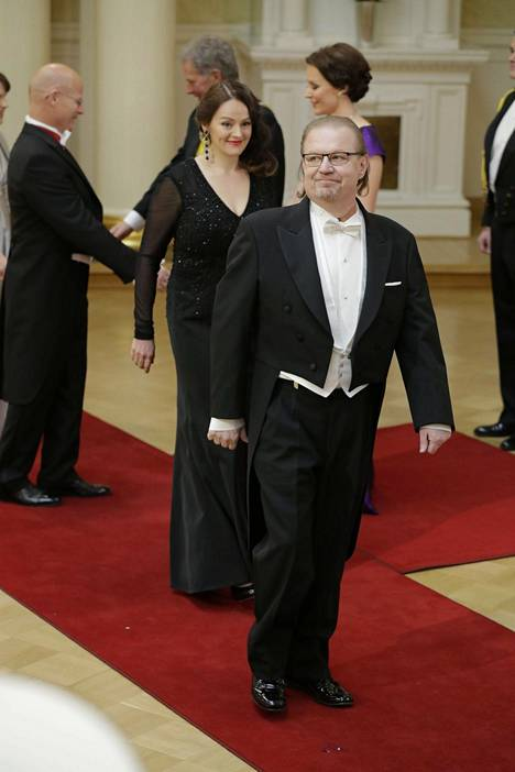 Jacket Ruonansuu was seen at the 2016 Castle party with his wife Mari. Since the beginning of the 80's, all the nonsense has been done, so I guess this is some kind of state recognition, Ruonansuu rejoiced.