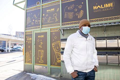 Nelson Elvino, who lives in South Vuosaari, believes that communality contributes to an increase in the number of infections.