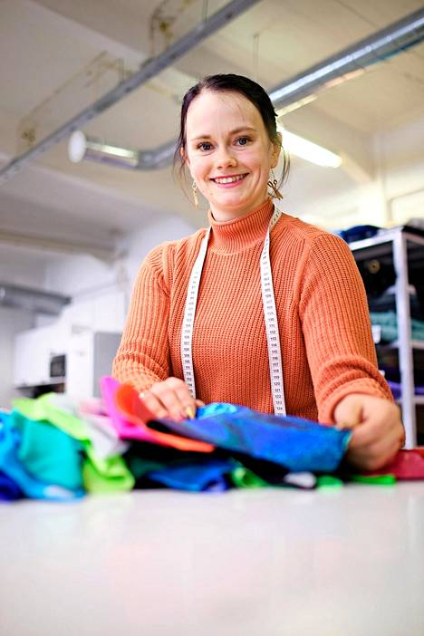 Heidi Parkkinen, the owner of the pink throw, initially sewed everything from curtains to party dresses.  With demand, he was able to focus solely on sportswear.