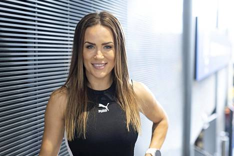 Martina Aitolehti, who is familiar with television, for example, currently works as a wellness coach.
