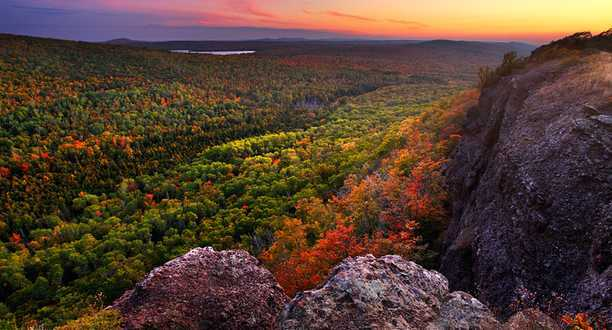 Maine Fall Foliage Wallpaper Keweenaw Michigan Lodging Activities Events Keweenaw
