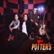 download lagu The Potters Tersenyum Tapi Terluka