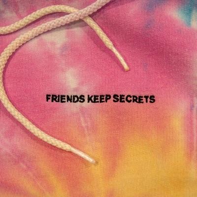 Roses (feat. Brendon Urie)-FRIENDS KEEP SECRETS - benny blanco & Juice WRLD mp3 download