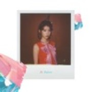 download lagu IU Palette (feat. G-DRAGON)