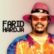 download lagu Farid Hardja Lereng Bukit Kelabu