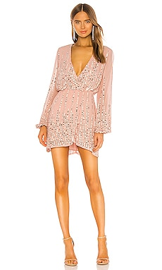 REVOLVE- ROBE SEQUIN ROSE PALE