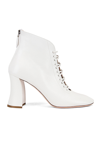 Miu Miu Lace Up Ankle Boots in White. - size 39 (also in 37.5,38.5,39.5,40,41)