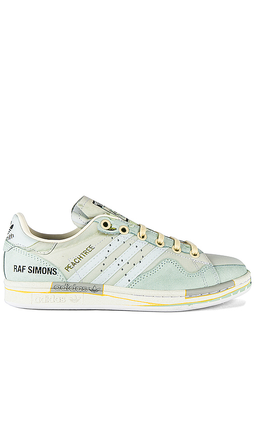 adidas by Raf Simons Peach Stan Sneaker in White. - size 8 (also in 6,6.5,7.5,9.5)