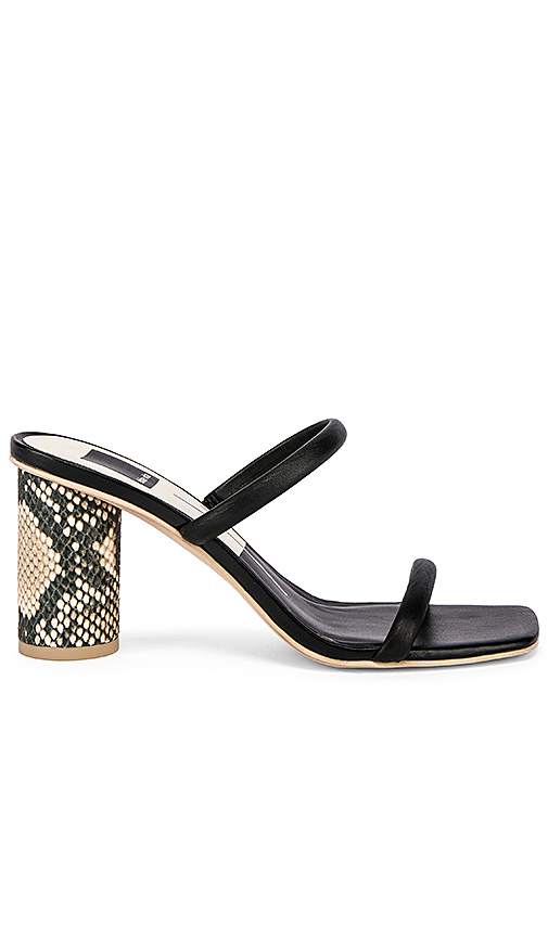 Dolce Vita Noles Sandal in Black. - size 9 (also in 6,6.5,8,8.5,9.5,10)