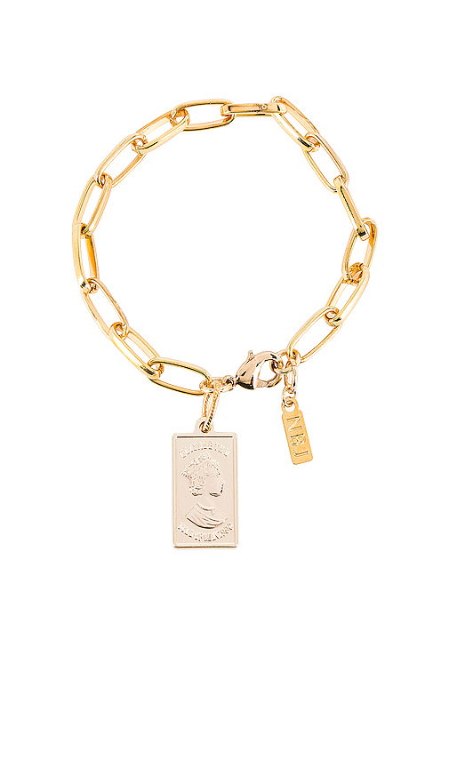 Natalie B Jewelry Gold Bar Link Bracelet in Metallic Gold.