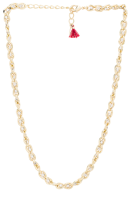 SHASHI Sarah Curb Chain Necklace in Metallic Gold.