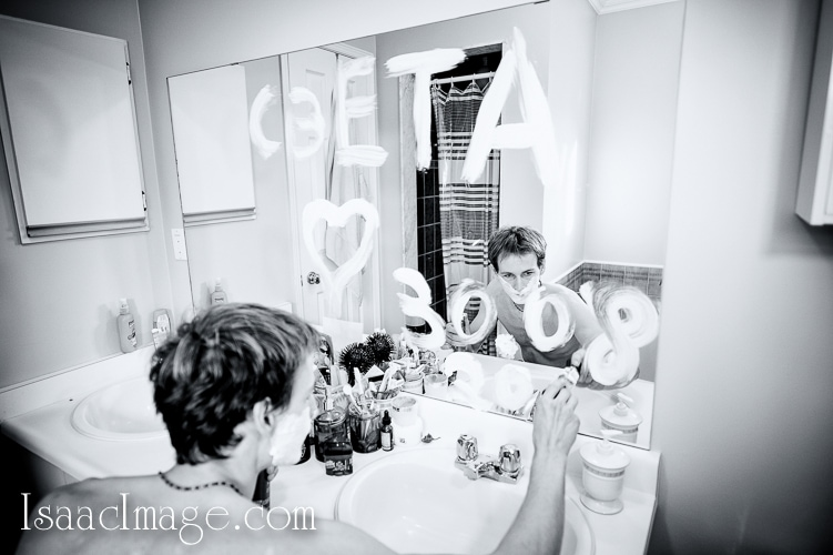 groom getting ready by isaacimage.com