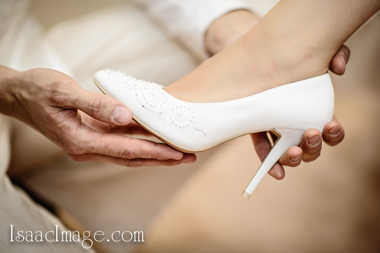 Wedding shoes by IsaacImage