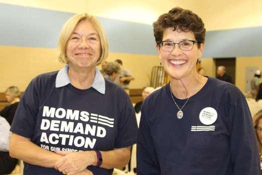 4821_moms-demand-action