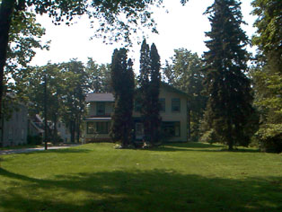 604 Erie St