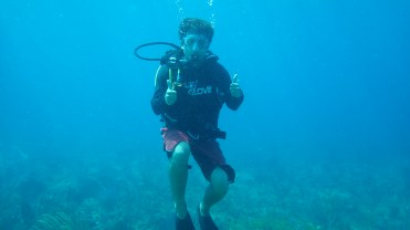No wetsuit needed for diving in the warm Bahamas!