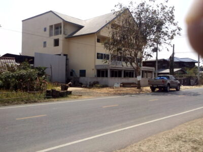 27 bed Hotel near Lamplaimat Buriram