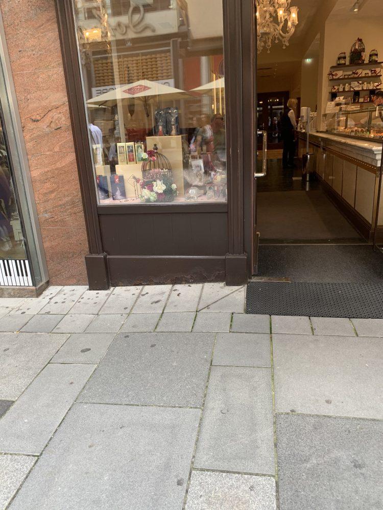 Wien . Kärntner Straße . Kaffeehaus . Café . Torten . Mehlspeisen . IsabellaMueller . @Isabella_Muenchen