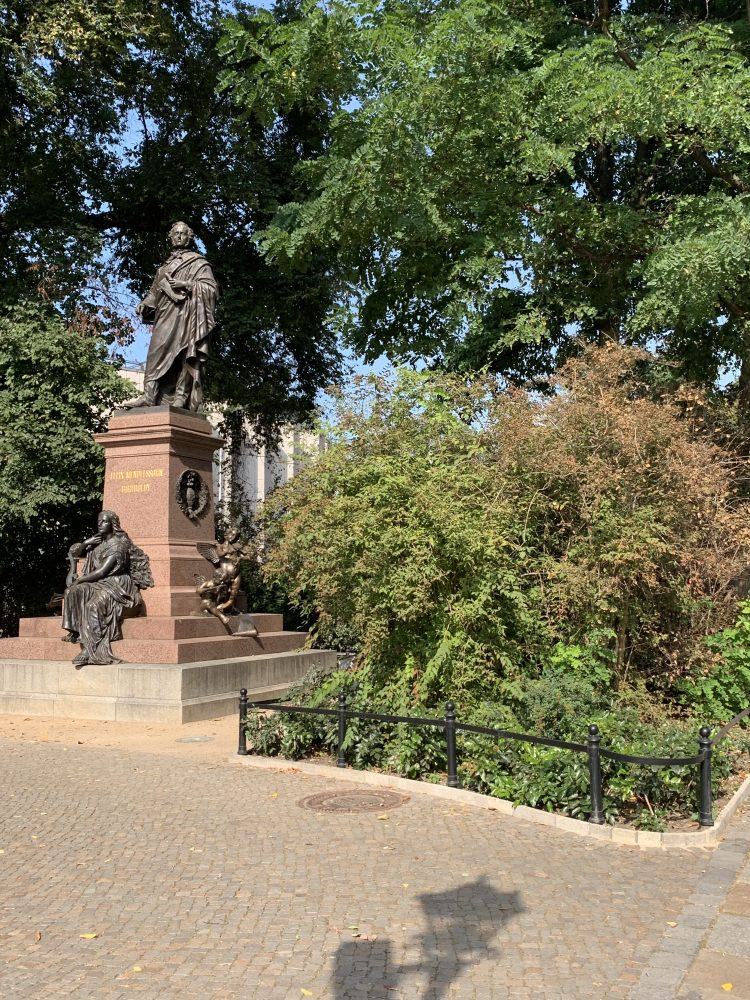 Felix Mendelssohn Bartholdy . Denkmal . Thomaskirche . Leipzig . IsabellaMueller . @Isabella_Muenchen .