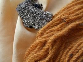 Parmelia omphalodes: a crotal dye