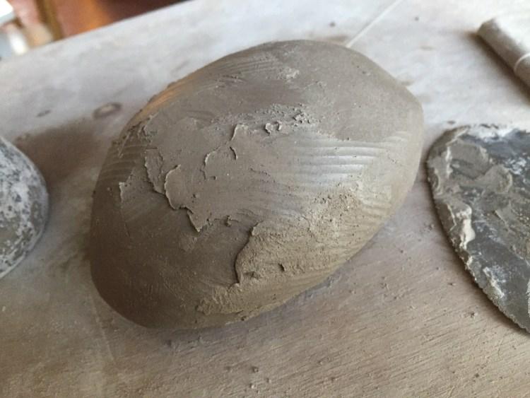 assemblage du galet en terre
